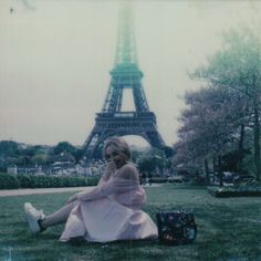 "652.4 mil Me gusta, 5,082 comentarios - Sabrina Carpenter (@sabrinacarpenter) en Instagram: ""how you think I spent my birthday in Paris"""