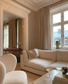 Beige Room, Beige Living Rooms, Home Living Room, Living Room Decor, Home Room Design, Dream Home Design, Home Interior Design, Interior Architecture, Bed Design