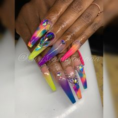 Make an original manicure for Valentine's Day - My Nails Bling Acrylic Nails, Best Acrylic Nails, Bling Nails, Glow Nails, Aycrlic Nails, Swag Nails, Junk Nails, Nail Nail, Stiletto Nails