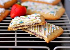 Homemade Gluten Free Pop Tarts (healthy!) - Desserts with Benefits