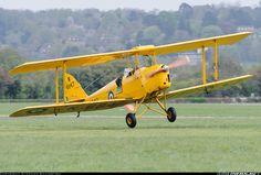 De Havilland DH-82A Tiger Moth II aircraft picture