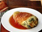 Chiles Rellenos recipe from Marcela Valladolid via Food Network Low carb if you skip the flour. I am trying coconut flour. Chilles Rellenos Recipe, Easy Chile Relleno Recipe, Chile Relleno Sauce, Chili Relleno, Quesadillas, Mexican Dishes, Mexican Food Recipes, Mexican Menu, Ethnic Recipes