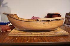 Placing the second deck on the ship Models, Model Ships, Santa Maria, Outdoor Furniture, Outdoor Decor, Hammock, Serving Bowls, Tweed, Decorative Bowls