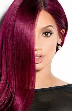 A list of most glamorous hairstyles with different magenta hair color shades. You'll definitely get a crush on Magenta hair color! Hair Color For Dark Skin, Hair Color Pink, Cool Hair Color, Pink Purple, Color Red, Burgundy Color, Red Purple Hair, Dark Pink Hair, Color Dash
