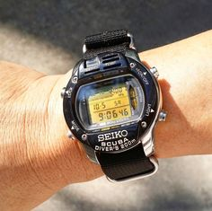 Weekend watch must be BIG! 😂😂 Seiko M796. #seikom796 #seikomarinemaster #seikodivecomputer #divecomputer #olddigitalwatch… Retro Watches, Vintage Watches, Casio Watch, Seiko, Electronics, Clothes, Collection, Outfits, Clothing