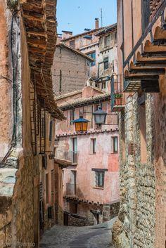 Callejeando por Albarracin. Albarracin, Aragon, Spain