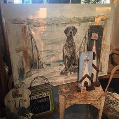 This beautiful piece by the talented @sarahrobertson_art is still available!! We just LOVE it! #shopbellavita #sarahrobertsonart #oneofakind #huntingdog #huntingseason