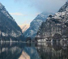 Oltul la Cozia    Foto: Vlad Andrei Popescu    Surprising Romania - Impreuna promovam frumusetile Romaniei! Grand Canyon, Mountains, Travel, Viajes, Destinations, Grand Canyon National Park, Traveling, Trips, Bergen