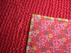 Mama Spark's World: How To Make A Chenille Blanket Tutorial