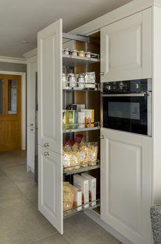 Clever Kitchen Storage, Smart Kitchen, New Kitchen, Kitchen Organization, Awesome Kitchen, Organization Ideas, Clever Kitchen Ideas, Functional Kitchen, 10x10 Kitchen