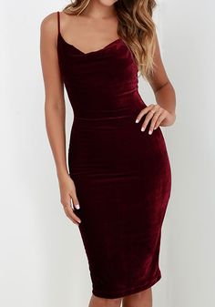 We can't wait to get our hands on this wine red velvet dress, it's an absolute wardrobe must have. Own one at Fichic.com!