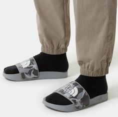 Slide Sandals, Adidas Sneakers, Socks, Fashion, Sandals, Moda, Fashion Styles, Sock, Stockings