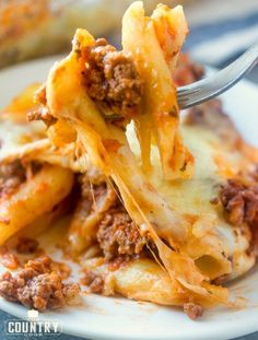 Easy baked ziti recipe pasta and rice Easy Baked Ziti, Easy Chicken Recipes, Beef Recipes, Cooking Recipes, Easy Recipes, Chicken Parmesan Casserole, Chicken Pasta, Easy Casserole Recipes, Casserole Dishes