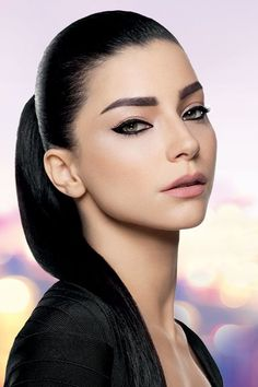 Merve Bolugur for Maybelline Türkiye Turkish Women Beautiful, Turkish Beauty, Beautiful Eyes, Arabian Beauty Women, A Darker Shade Of Magic, Beauty Portrait, Turkish Actors, Pretty Face, Maybelline