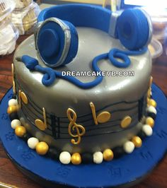 Headphones! Cake Music Notes 16 th birthday Cake