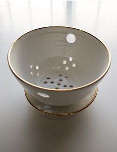 Gold Rim Berry Bowl #details