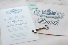 Use this stunning free printable crown invitation template by Wedding Chicks for a regal themed wedding. #free #invitationtemplate