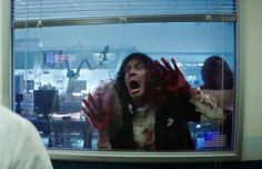 http://www.cinemadebuteco.com.br/trailers/scouts-guide-zombie-apocalypse-ganha-novo-e-sangrento-trailer/  #Trailer #Zumbi #Zombie #ScoutsGuideToTheZombieApocalypse #WalkingDead