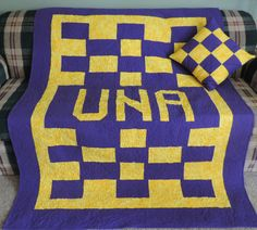 This quilt was made for the University of North Alabama as a raffle prize.