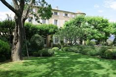 château 20 pièces en vente sur VAISON LA ROMAINE (84110)