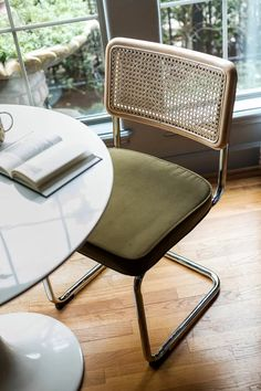 Retro dining chairs get a touch of functional glam in our Set of Nora Modern Dining Chairs. Retro Dining Chairs, Kitchen Chairs, Upholstered Dining Chairs, Dining Chair Set, Dining Room Chairs, Modern Chairs, Side Chairs, Designer Dining Chairs, Dining Sets