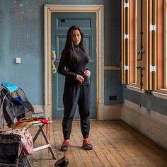 Kimmy @batterseaartscentre getting ready for #taylorwessingportraitprize #portrait #portraitphotography #portraitmood #portraitmood #london #vscocam #battersea #batterseaartscentre