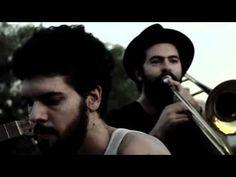 Onda Vaga - (A TAKE AWAY SHOW) - MAMBEADO (La Blogotheque)