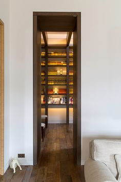 // FLAT 128 Library in a South Kensington Apartment, London – Interior design by Pierre Yovanovitch. Apartment Door, Apartment Design, Architecture Details, Interior Architecture, Interior Design, Kensington Apartment, Pierre Yovanovitch, Home Libraries, Extra Rooms