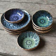 This unique pottery barn is the most inspirational and superior idea Ceramic Tableware, Ceramic Bowls, Ceramic Art, Stoneware, Pottery Bowls, Ceramic Pottery, Pottery Art, Pottery Painting Designs, Pottery Designs