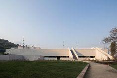 Gimnasio del Colegio Saint George / Gonzalo Mardones V. Arquitectos