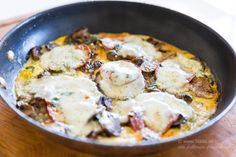 De godaste omeletterna! - 56kilo.se - Recept, inspiration och livets goda Lchf, Chorizo, Mozzarella, Cheddar, Pesto, Low Carb Recipes, Mashed Potatoes, Brunch, Breakfast