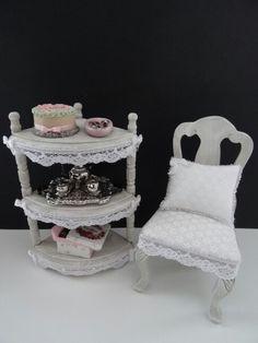 Dollhouse shabby chic grey set made by Jolanda Knoop