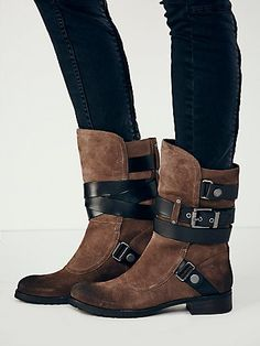 Luxury Rebel Womens Fable Mid Boot - Khaki / from Free People. Shop more products from Free People on Wanelo. Dream Shoes, Crazy Shoes, Me Too Shoes, Bootie Boots, Shoe Boots, Shoe Bag, Ankle Booties, Ugg Boots, Bota Country