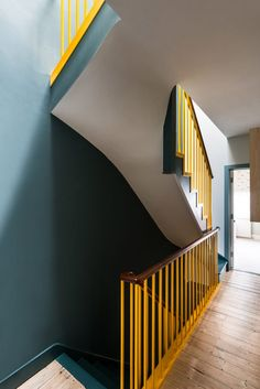 Child Friendly House in Ealing, London / Office S&M – attic Hallway Inspiration, Painted Stairs, London House, Street Furniture, Loft Furniture, Furniture Storage, Arched Windows, House Stairs, House Extensions