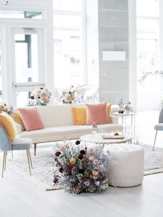 The biggest 2019 wedding trends spotted at Modern Love Event Seattle - 100 Layer Cake Wedding Reception At Home, Wedding Lounge, Wedding Decor, Wedding Invitation Inspiration, Custom Wedding Invitations, Salas Lounge, Pastel Home Decor, Balloon Installation, Pastel House