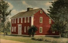 """Sturbridge MA Saltbox House - Old Sturbridge Village Built about 1748 at """"Podunk"""" East Brookfield, Massachusetts. In its proportions and details this house is an unusually fine example of a type very popular in century New England. Red Houses, Saltbox Houses, Barn Houses, Early American Homes, Sturbridge Village, Usa House, Primitive Homes, New England Homes, Stone Houses"""