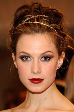 awesome lipstick!!!   also this is Ingrid Bergman's granddaughter