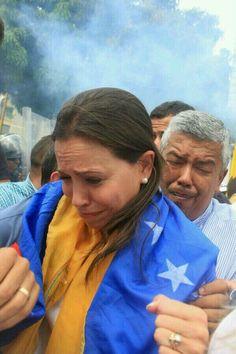 #VENEZUELA ESTAS LAGRIMAS DE @MariaCorinaYA SON DE  DOLOR DE PARTO DEL NACIMIENTO DE LA NUEVA VENEZUELA. pic.twitter.com/s9DOTjI0Gh