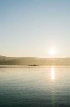 Summer in beautiful Zurich! Who is enjoying the Swiss summer as much as we do? Photo by 🇨🇭 Claudio Schwarz on Unsplash