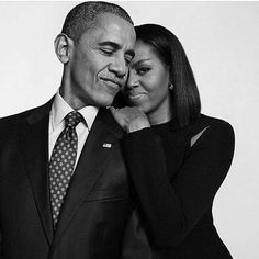 Michelle Obama: The White House Brought Barack & I Closer. Michelle Obama opens up about how the White House brought her and Barack closer. Looks Black, Black Love, Black Is Beautiful, Beautiful Couple, Beautiful Images, Michelle Obama, Joe Biden, Presidente Obama, Barack Obama Family