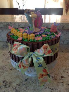 Tinkerbell kit kat cake, cute for a little girl's birthday cake - like Lena Little Girl Birthday Cakes, Lily Cake, No Bake Cake, Tinkerbell, Little Girls, Deserts, Dessert Recipes, Baking, Peter Pan