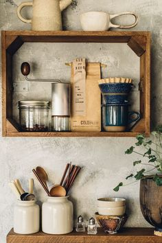 vintage crates used as kitchen wall storage. / sfgirlbybay vintage crates used as kitchen wall storage. Cageots Vintage, Vintage Crates, Wooden Crates, Wine Crates, Home Decor Kitchen, Interior Design Kitchen, Kitchen Furniture, Furniture Storage, Diy Furniture