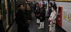 De Milán a Tokyo en metro y en unos segundos para promocionar servicios de Internet