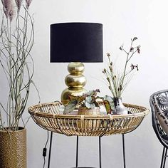 Design by Bloomingville. Cozy Living Rooms, Living Room Decor, Bedroom Decor, Cosy Sofa, Structure Metal, Cool Coffee Tables, Sit Back And Relax, Concave, Interior Lighting