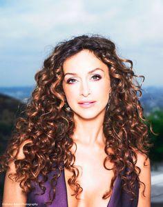 Sofia Milos in CSI. Les Experts Manhattan, Les Experts Miami, Hair Locks, Hair A, Her Hair, Auburn, Sofia Milos, Curly Hair Styles, Natural Hair Styles