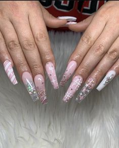 Best Picture For nails winter art For Your Taste You are looking for something, and it is going to t Aycrlic Nails, Xmas Nails, Christmas Nails, Hair And Nails, Christmas Nail Designs, Coffin Nails, Nails Kylie Jenner, Acryl Nails, Cute Acrylic Nail Designs