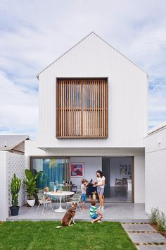 This contemporary Geelong house was built in just five months