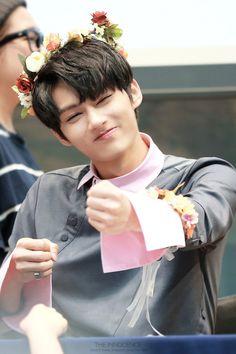 埋め込み Woozi, Wonwoo, Jeonghan, Seungkwan, Vernon, Going Seventeen, Seventeen Debut, Jackie Chan, Shenzhen