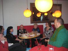 Dezember 2012: Lesereise in Deutschland. Edit Engelmann  liest bei weihnachtlicher Stimmung aus ihren Büchern.