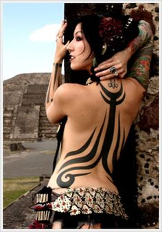 tribal tattoo for sexy women - 70  Awesome Tribal Tattoo Designs  <3 <3